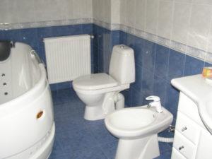 instalación de inodoro, bidé, lavabo, fregadero, lavadora y lavavajillas